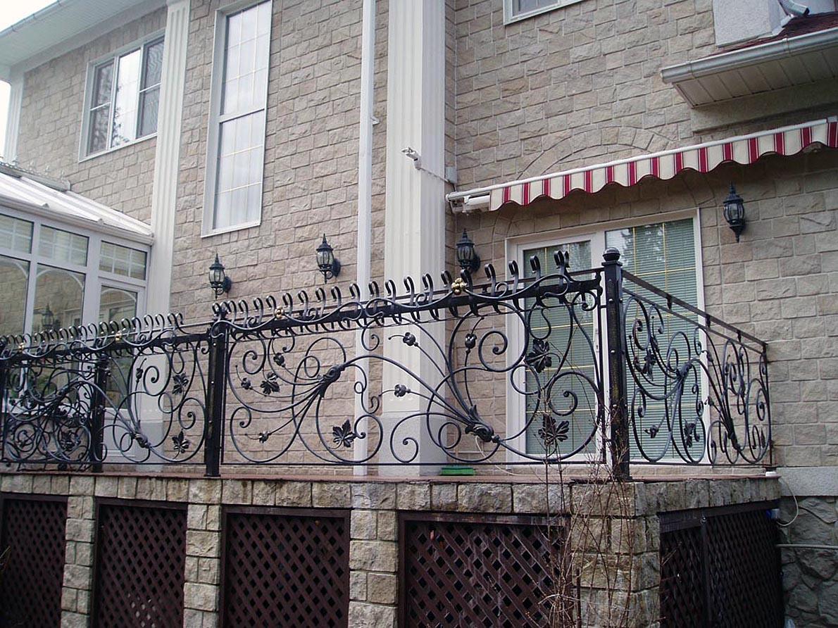 Балконы - примеры художественная ковка на кмв.